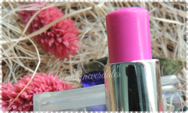L'Oreal Paris Rouge Caresse -07 Cheeky Magenta Review and Swatches