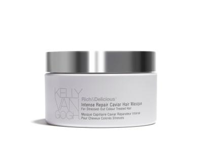 دعي خصلات شعرك تتألق بإطلالة جذَّابة مع قناع العلاج المُكَثِّف للشعر بالكافيار من كيلي فان جوخ®!